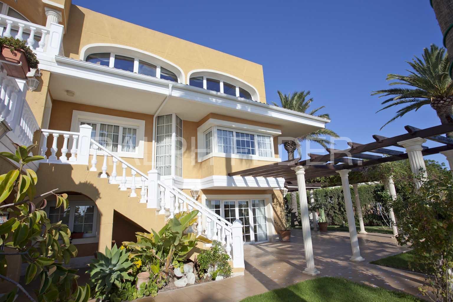 Villa in Cabo Huertas